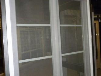 porte moustiquaire coulissante porte moustiquaire coulissant sur enperdresonlapin. Black Bedroom Furniture Sets. Home Design Ideas