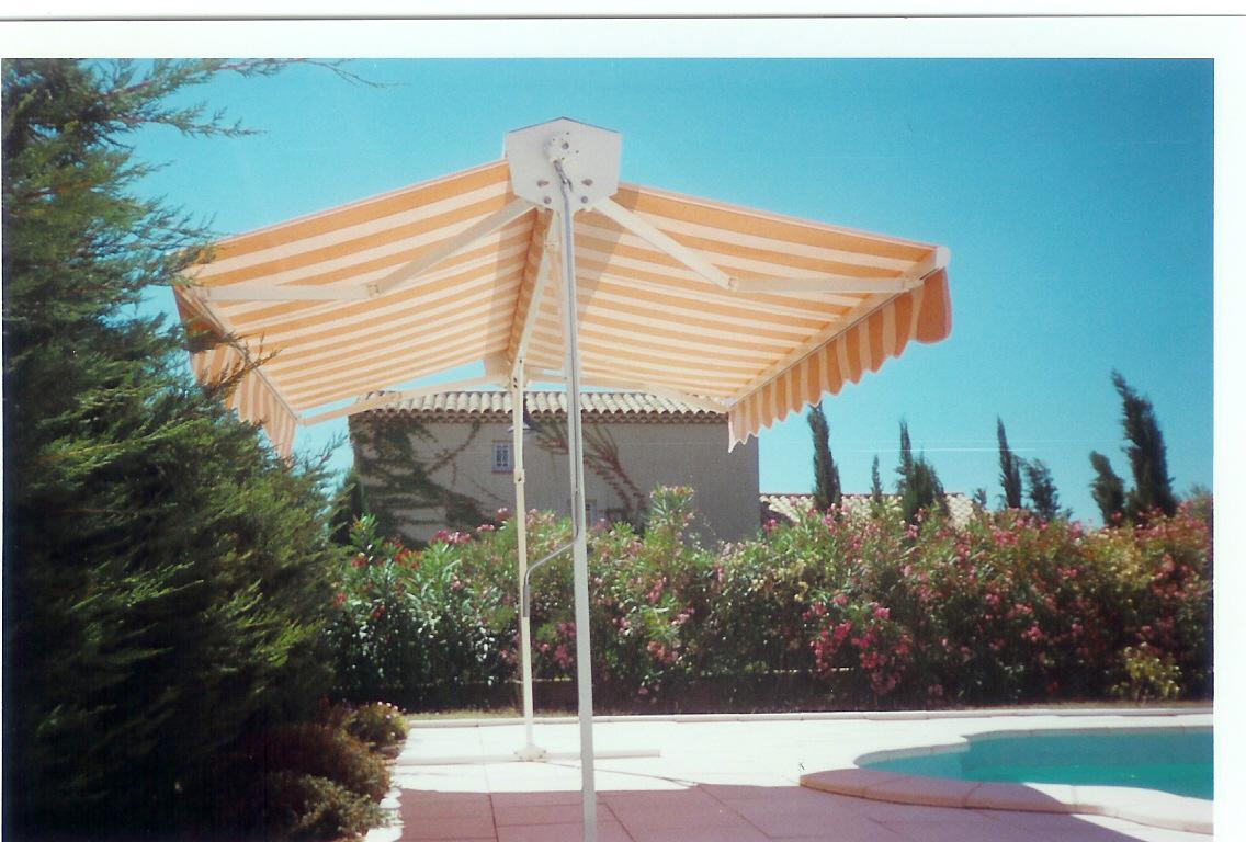 store double pente marseille technic habitat. Black Bedroom Furniture Sets. Home Design Ideas