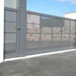 Portail coulissant et portillon aluminium ajourés