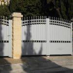 Portail et portillon aluminium modèle classique.