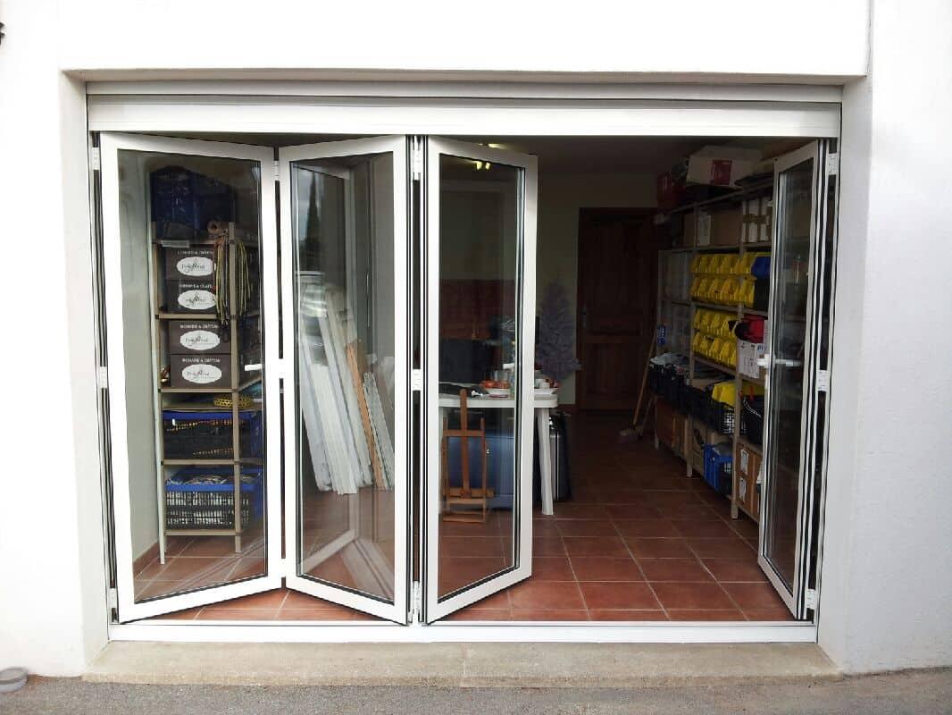 Porte repliable suspendue aluminium aubagne technic habitat for Porte aluminium