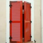 Volet alu rouge persiennenne